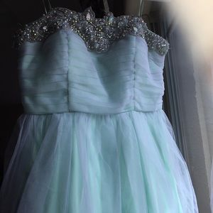 Pastel green Formal dress